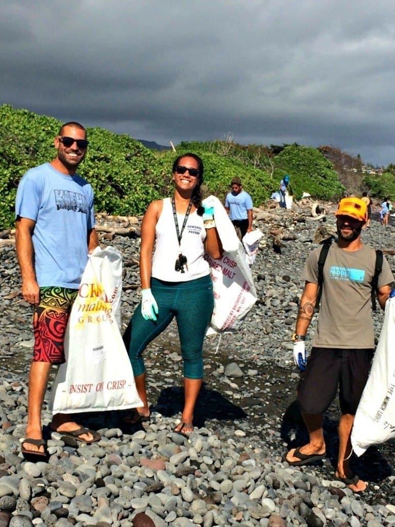 Hawaiian Paddle Sports help clean Ka'ehu Beach